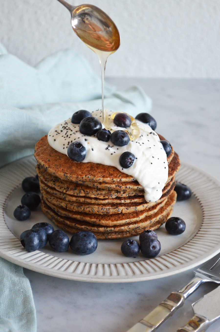 Lemon & Poppyseed pancakes